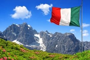 Verkehrsregeln in Italien: Wer jenseits der Alpen mit dem Auto fahren will, sollte sich vorab informieren.