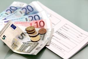 Ein Verwarngeld kann vor Ort können bis zu einer Höhe von 35 Euro beglichen werden.