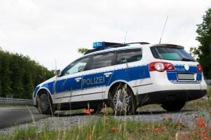 Wann kommt die Polizei bei Fahrerflucht? Dies hängt auch von der Beweislage ab.