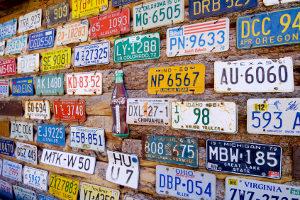 Der Wunsch vom individuellen Kfz-Kennzeichen: Wie lässt er sich wahrmachen?